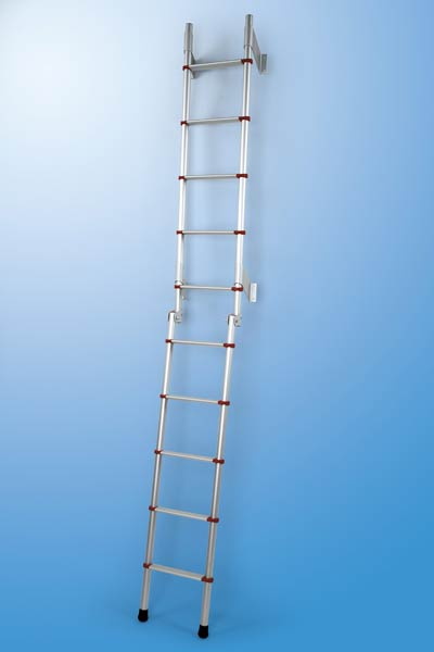 Folding exterior ladder for motorhomes