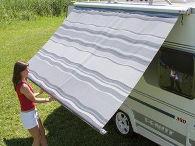 First unroll the Fiamma F35 canopy