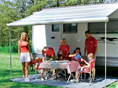 Provides a large shaded area to your motorhome