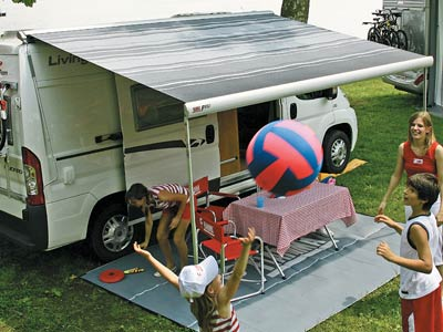 Large shaded area that doubles the usable area of your motorhome