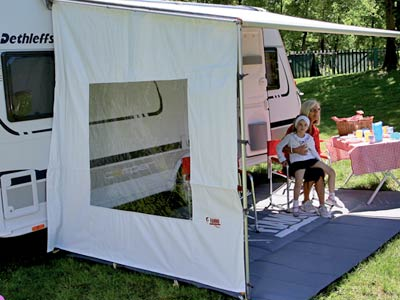 Side panel for Caravanstore with large window