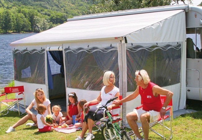 Fiamma ZIP Canopy Check Fitting Space And Select Awning Size Optional Privacy Room Turns In To Enclosed Living
