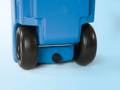 Sturdy rubber wheels make the Roll Tank easy to pull across gravel